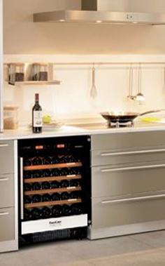 Armarios climatizados para vino eurocave serie 5000 for Muebles de cocina vibbo