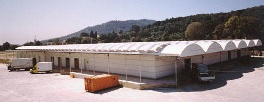 Foto de Naves de techo curvo