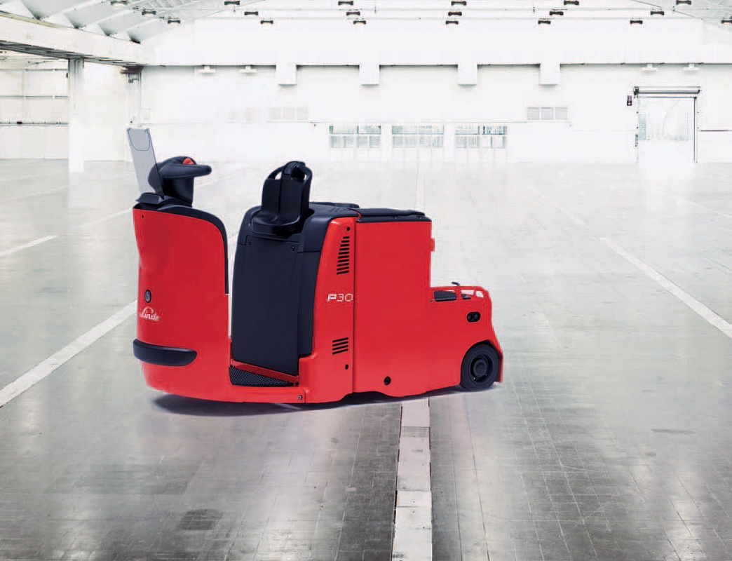 Foto de Tractor eléctrico con plataforma