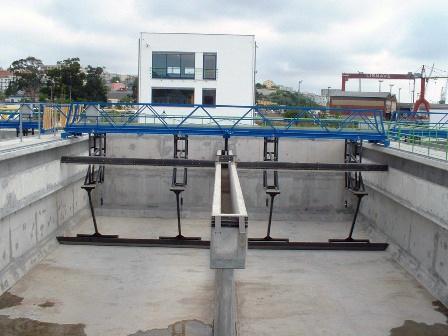 Foto de Puente decantador para recinto longitudinal
