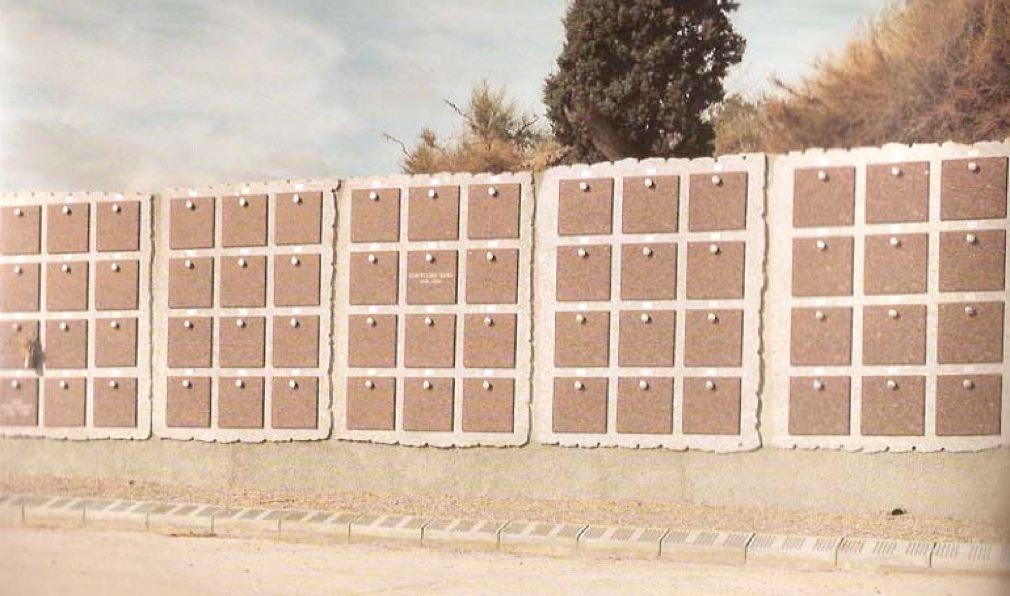 Foto de Conjuntos de 5 columbarios