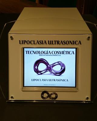 Foto de Equipos de lipoclasia ultrasónica