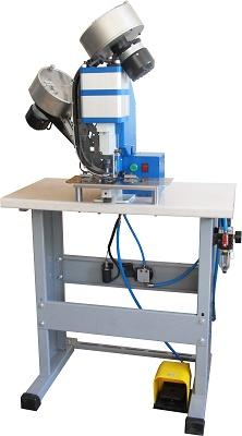 Foto de Máquinas neumáticas con dos distribuidores