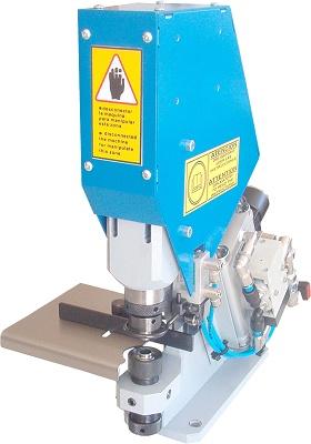 Foto de Máquinas neumáticas con brazo