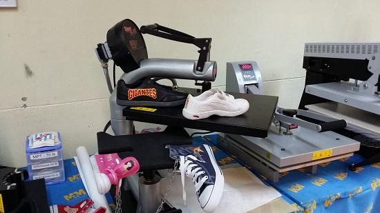 Foto de Servicios de personalización del calzado