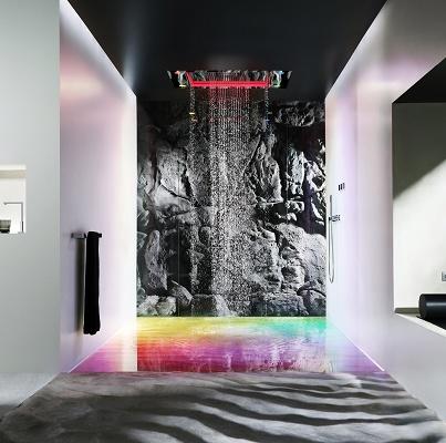 Foto de Duchas con panel de lluvia, plano y de gran superficie