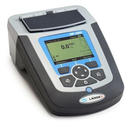 Foto de Espectrofotómetro para analítica de agua