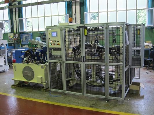 Foto de Troqueladoras y conformadoras de tubos