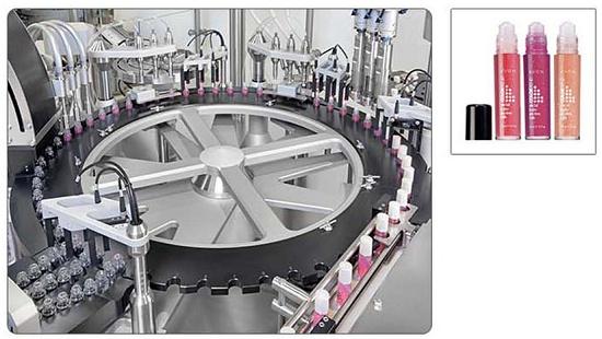 Foto de Monobloc automático para el tratamiento de roll ons