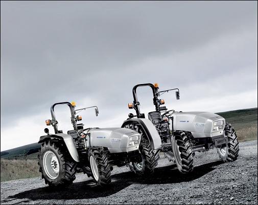 Foto de Tractores capaces de trabajar sin descanso durante horas