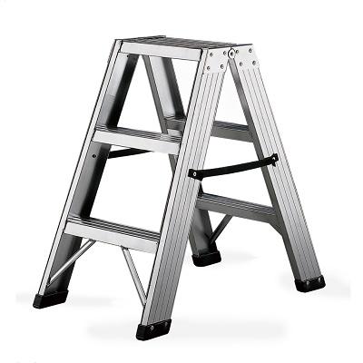 Foto de Escalera de poca altura con escalones