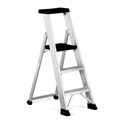 Foto de Escalera baja para uso profesional