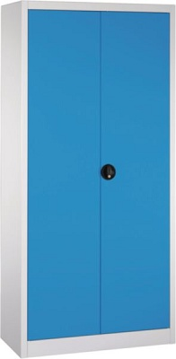 Foto de Armarios con puertas batientes