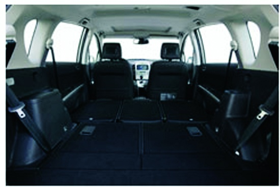 """Foto de """"Los requerimientos de materiales para fabricar interiores de los automóviles son cada vez más exigentes."""""""