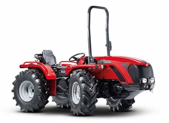 Foto de Tractores para el trabajo en colina y en montaña
