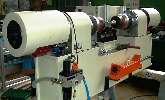 Foto de Máquinas especiales para remachar