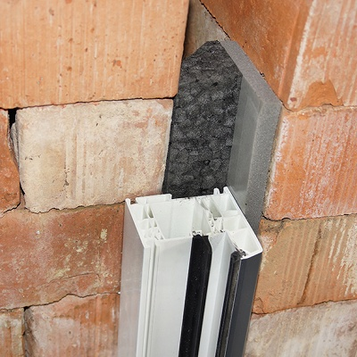 Foto de Aislamiento con relleno para muros con cámara de aire