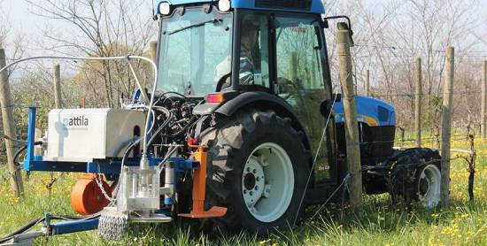 Foto de Máquina para la destrucción de las malas hierbas