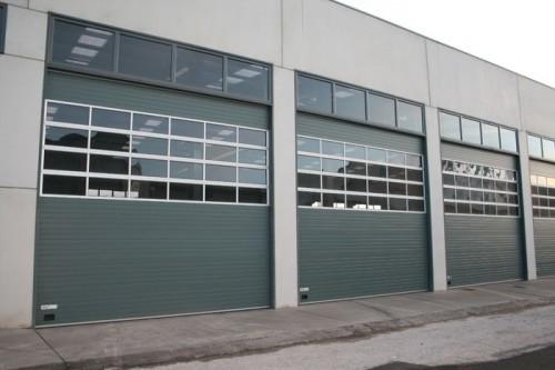 Foto de Puertas seccionales industriales