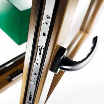 Herrajes para puertas correderas lineales y elevables cs y - Puerta corredera de aluminio ...