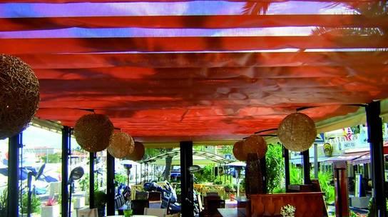 Foto de Toldos y techos para barandillas