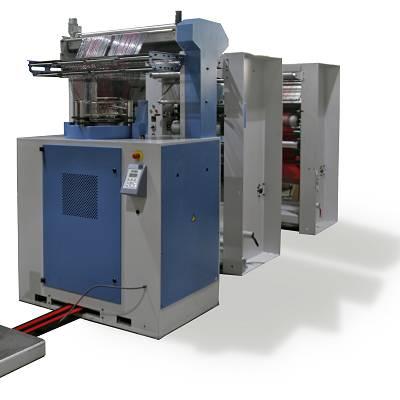 Foto de Máquina circular para la producción de mallas tubulares para el empaque de fruta