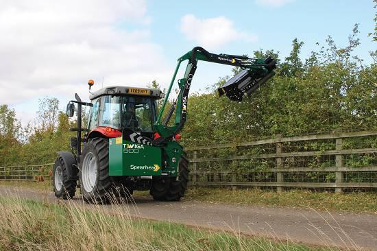 Foto de Brazos desbrozadores para tractor
