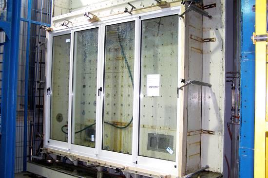 Foto de Ensayos de laboratorio para cerramientos