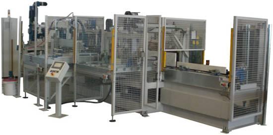 Foto de Máquina CNC para montaje de cajones
