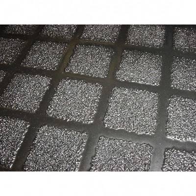 Foto de Paneles antideslizantes reforzados con fibra y abrasivo mineral