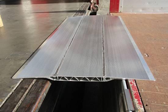 Foto de Puentes de carga portátiles para camiones