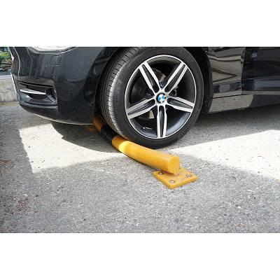 Foto de Protecciones de suelo flexibles para aparcamiento o almacén