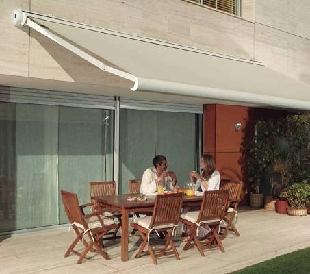 Toldos para terrazas novelty omega con cofre materiales - Lonas para terrazas ...