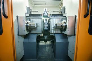 Foto de Máquina transfer para el corte y mecanizado