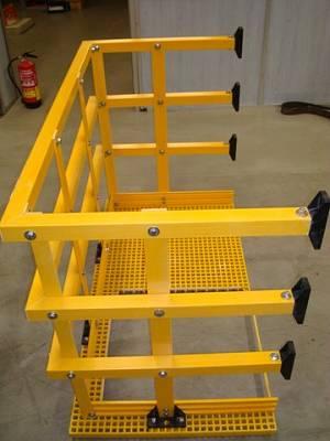 Foto de Plataformas de descanso en fibra de vidrio para escaleras de emergencia