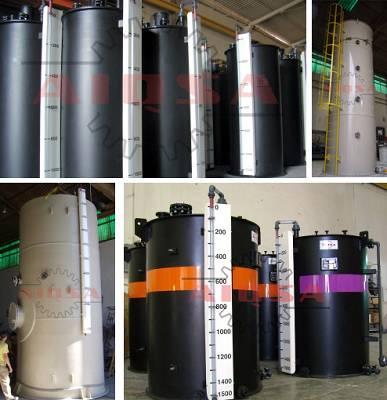 Foto de Depósitos de almacenamiento de productos químicos corrosivos