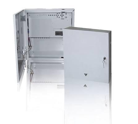Foto de Videograbadores en armario metálico