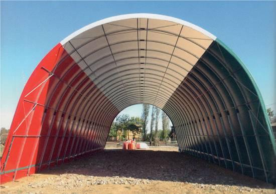 Foto de Túneles cobertizos de arco revestido de lona
