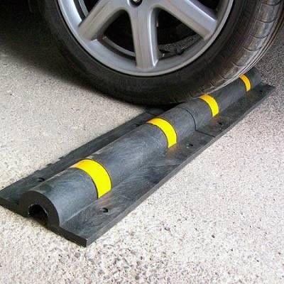 Foto de Topes para rueda en garajes