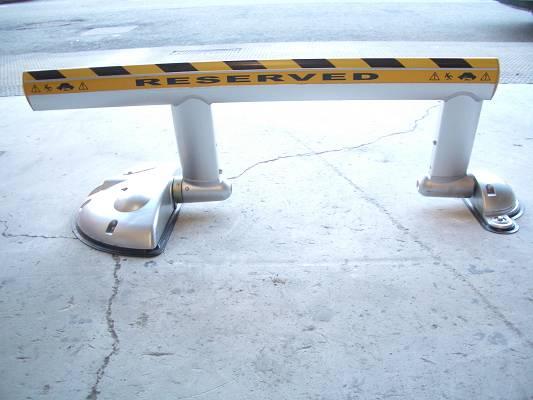 Foto de Reserva de aparcamiento autónomos con mando a distancia