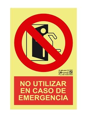 Foto de Señalización 'Salida no utilizar en caso de emergencia'