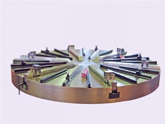 Foto de Platos automáticos de 6 garras para aros sector eólico