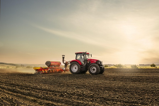 Foto de Tractor de seis cilindros