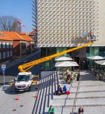 Foto de Plataforma sobre camión