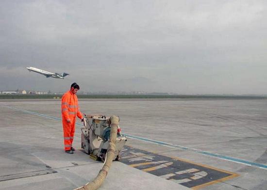 Foto de Maquinaria para preparación y reparación de superficies