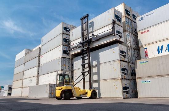 Foto de Manipuladores de contenedores vacíos