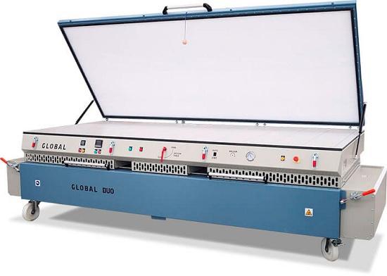 Foto de Máquina de termoconformado