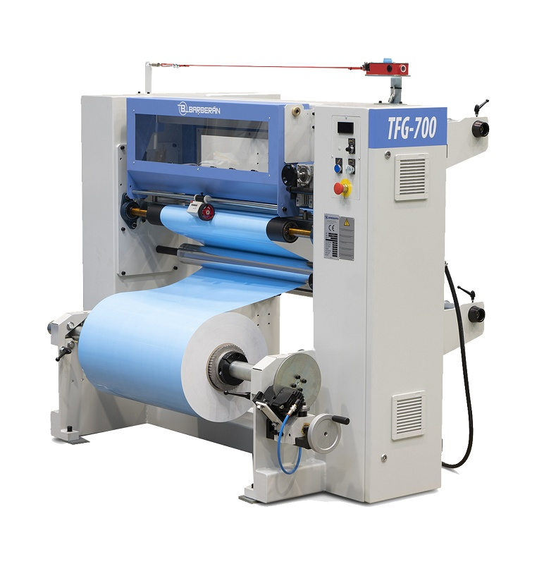 Foto de Máquina cortadora múltiple de folio de PVC