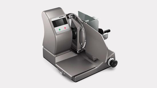 Foto de Cortadora vertical manual con controladora de peso