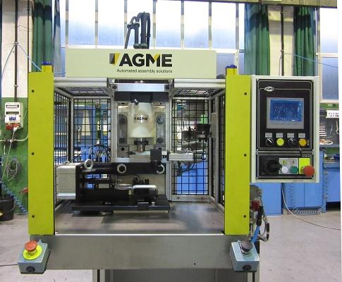 Foto de Máquinas especiales de prensado de componentes
